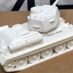 Модель танка к 9 мая